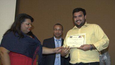TV Bahia recebe o certificado de 'Amiga do Conselho Tutelar' - O certificado é oferecido a empresas e cidadãos que contribuem para fortalecer os conselhos.