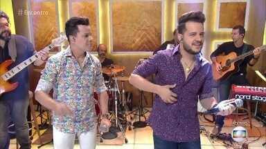 João Neto e Frederico cantam 'Saudade do Caramba' - Dupla abre o 'Encontro' com música