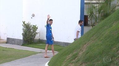 Diogo Barbosa se despede, e Cruzeiro se prepara para enfrentar o Vitória, em Salvador - Diogo Barbosa se despede, e Cruzeiro se prepara para enfrentar o Vitória, em Salvador