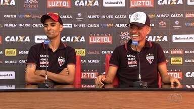 Artilheiros do Atlético-GO, Jorginho e Luiz Fernando esperam mais uma vitória - Depois de bons resultados contra Sport e Botafogo, meias esperam derrotar a Chapecoense para manter as chances de o Dragão seguir na Série A.