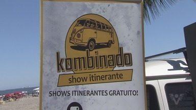 Projeto Kombinando leva músicas de graça para o público - Apresentação acontece em São Vicente.
