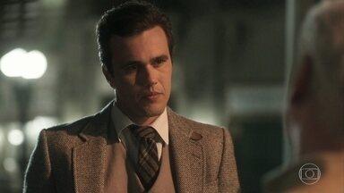 Vicente comenta com Geraldo que investigará a suposta morte de Inácio - Ele decide não envolver Maria Vitória para não a fazer sofrer mais