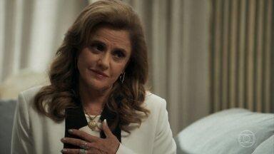 Sophia propõe que Clara coloque suas terras em nome do filho - A mãe de Gael leva um mediador para cuidar da separação de bens