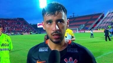 """Camacho fala sobre derrota para o Flamengo: """"A gente entregou os gols pra eles"""" - Camacho fala sobre derrota para o Flamengo: """"A gente entregou os gols pra eles"""""""