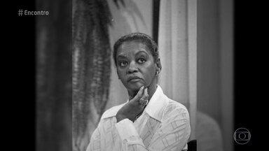 Conheça a história da atriz Ruth de Souza - Ruth conta que sonhava em ser atriz e que a profissão abriu portas para as novas gerações