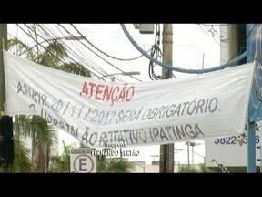 Estacionamento rotativo de Ipatinga não volta a funcionar como previsto - Nada foi visto, nem fiscalização, nem distribuição de talões.