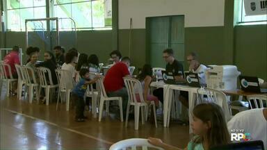Mutirão do projeto Paraná Cidadão segue até sexta-feira em Foz do Iguaçu - A feira oferece vários serviços de graça aos moradores de Foz.
