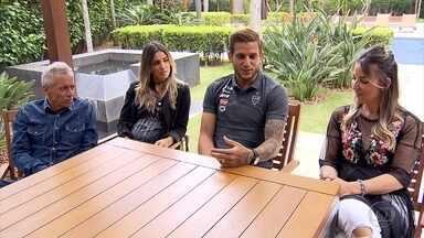 Volta de Rafael Moura para o Galo não foi só pelo time de coração, mas também pela família - Jogador veio para Belo Horizonte por conta da família também