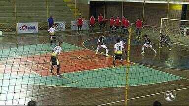 Brejo e Ozz Direitinhozz seguem vivos na Copa TV Asa Branca de Futsal - Resultados eliminaram as boas equipes de Santa Cruz do Capibaribe e Independente.