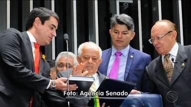 Senador Valadares se afasta do cargo para procedimento médico - Senador Valadares se afasta do cargo para procedimento médico.