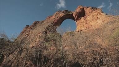 Globo Repórter – 'Capadócia Nordestina', 24/11/2017 - Programa viaja por um sertão desconhecido dos brasileiros e revela um impressionante conjunto de rochas que lembram as célebres formações da Turquia.
