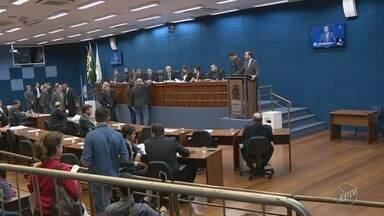 Câmara de Campinas aprova lei que regulamenta transporte por aplicativos - Votação ocorreu na noite de segunda-feira.