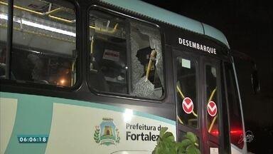 Sargento da PM é baleado e suspeito morto durante assalto a ônibus em Fortaleza - Saiba mais em g1.com.br/ce