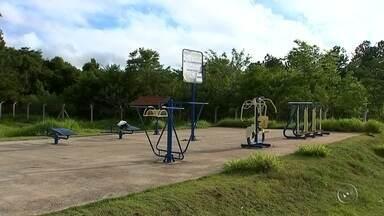 Falta manutenção nas academias ao ar livre em Itapetininga - A reportagem da TV TEM constatou que muitas academias ao ar livre de Itapetininga estão sem manutenção nos aparelhos.