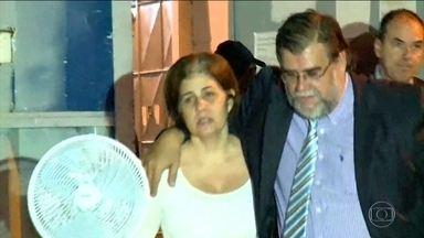 Rosinha Matheus passa a 1ª noite em casa após deixar a cadeia, no Rio - Ex-governadora foi solta por decisão da Justiça Eleitoral, mas vai ter que usar tornozeleira eletrônica.