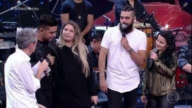 Marília Mendonça e Henrique falam de Juliano - Os pais do cantor participam do programa