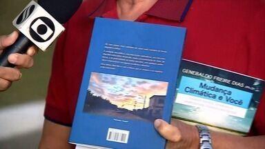 Genebaldo Freire Dias lança o livro 'Casos, Risos e Vida' - Genebaldo Freire Dias lança o livro 'Casos, Risos e Vida'.