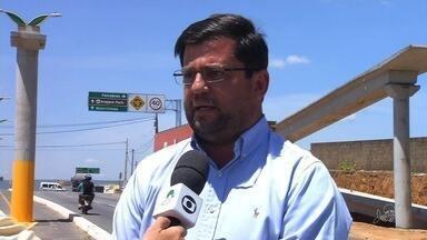 Detran constrói passarelas em alguns pontos da avenida Padre Cícero - Saiba mais em g1.com.br/ce