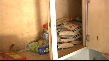 Natal Sem Fome : moradores de comunidade em Cabedelo recebem donativos - Moradores da comunidade Paraisópolis receberam os donativos da Campanha Natal Sem Fome.