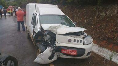 Um homem morre e três pessoas ficam feridas em acidente na MG-167 - Um homem morre e três pessoas ficam feridas em acidente na MG-167