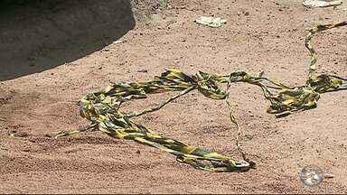 Pai e filho de 7 anos são assassinados a tiros em Toritama - Crime aconteceu na BR-104 na manhã desta sexta-feira (8).