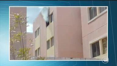 Apartamento é destruído por incêndio na zona Leste de Teresina - Apartamento é destruído por incêndio na zona Leste de Teresina