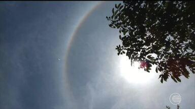 Umidade provoca halo em volta do sol de Teresina - Umidade provoca halo em volta do sol de Teresina
