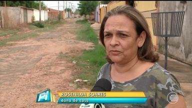 Moradores reclamam da falta de pavimentação em ruas do Portal da Alegria em Teresina - Moradores reclamam da falta de pavimentação em ruas do Portal da Alegria em Teresina