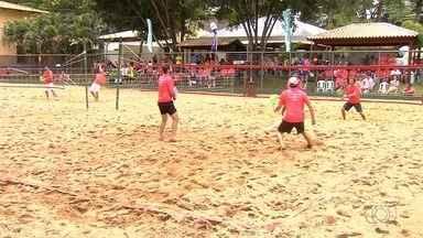 Torneio de beach tênis agita clube em Goiânia - Modalidade conquista adeptos na cidade