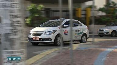 Taxistas passam a optar ou não por cobrar bandeira dois, no mês de dezembro - Saiba mais em g1.com.br/ce
