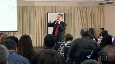 Empresas privadas e serviço público precisam cadastrar funcionários no eSocial - Fórum no Recife tirou dúvidas e orientou sobre mudança.