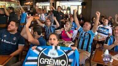 Ansiosos e confiantes: gremistas se reunem no Gaucha Sports Bar para semifinal do Mundial - Tricolor enfrenta o Pachuca nesta terça-feira (12) às 15h, horário de Brasília.