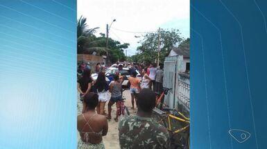 Duas pessoas morrem em tiroteio em Conceição da Barra, ES - Jovens mortos ainda não foram identificados.