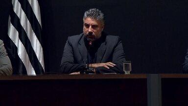 Gallo explica contratação de Arouca e comenta ausência do Atlético-MG na Libertadores - Gallo explica contratação de Arouca e comenta ausência do Atlético-MG na Libertadores