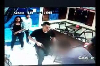 Câmeras de segurança flagram ação de bandidos em lanchonete na capital paraense - Estabelecimento já foi assaltado duas vezes em 15 dias. Moradores reclamam da insegurança na área.