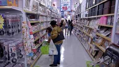 Comerciantes acreditam que 13º salário movimentará a economia de MS - Os servidores estaduais receberam o pagamento nesta quinta-feira (14).