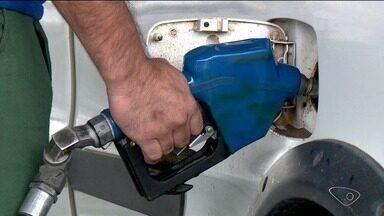Petrobras reajusta preço da gasolina mais uma vez - Consumidor de Linhares pode ter que pagar até 13% a mais do que antes.