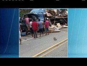 Vítimas de acidente na BR-116 são identificadas - Três pessoas morram no acidente que envolveu dois caminhões em Teófilo Otoni.