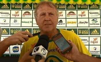 Copa Zico termina com presença do craque em Juiz de Fora - Ex-jogador do Flamengo e da Seleção participa da premiação do torneio que leva seu nome