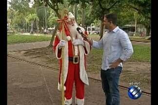 Papai noel acompanhou o repórter Robério Vieira durante a manhã desta sexta-feira, 22 - O clima de natal toma conta nos dias que antecedem a festa