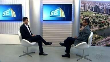 Economista diz que alguns prefeitos não têm capacidade para gerir municípios - Em entrevista à TV Sergipe, ele afirma que a classe política não tem o hábito de estudar administração pública.