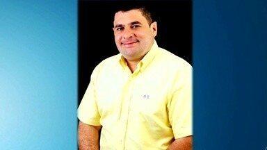 Ex-prefeito de Palestina encomendou morte de caseiro para simular assalto - Júnior Alcântara dizia que documentos que incriminavam a atual gestão foram roubados na ocasião. Ele e vereador que o ajudou foram presos na sexta (22).