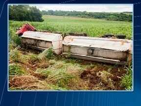 Perícia deve apontar o que causou o tombamento de caminhão em Taciba - Veículo estava carregado com etanol.