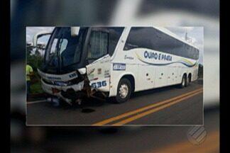 Ônibus e caminhonete colidem em trecho da rodovia BR-155 no sudeste do Pará - O acidente aconteceu próximo ao município de Eldorado dos Carajás