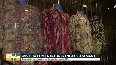 Exposição sobre vida de Renato Russo atrai fãs em museu de SP - Evento ocorre de terça a sábado no Museu da Imagem e do Som