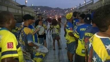 Encontro das escolas de samba do grupo especial no sádado, dia 06 de janeiro em Copacabana - Evento vai reunir mais de mil integrantes das treze escolas com direito a desfile pela orla.