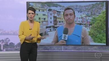 RJTV - 1ª Edição - Íntegra 04 Janeiro 2018 - O telejornal, apresentado por Mariana Gross, exibe as principais notícias do Rio, com prestação de serviço e previsão do tempo.