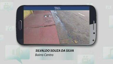 Internauta flagra desperdício de água e participa do Tô Na Rede - O problema foi registrado no centro de Porto Velho.