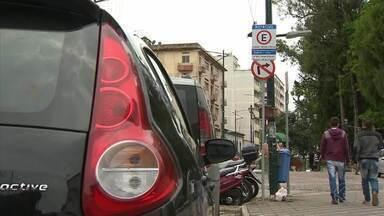Mais de 13 mil multas por infrações de trânsito foram aplicadas em Barbacena - Balanço é de novembro de 2016 a janeiro de 2018, período em que o serviço está sob responsabilidade da Prefeitura. Estacionamento irregular, falta de uso de segurança e uso de celular ao volante foram as notificações mais comuns