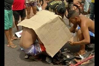 Moradores sofrem com a interdição da avenida Bernardo Sayão - Uma jovem de 19 anos foi atropelada na via neste sábado (6)